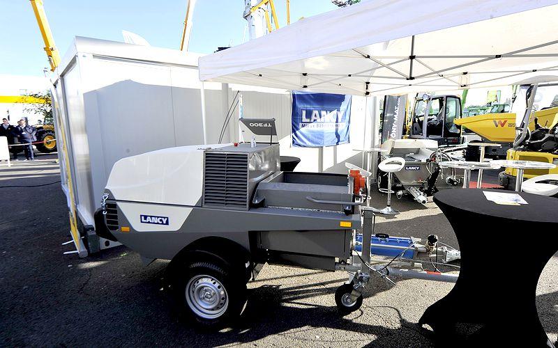 Pompe à chapes fluides TF300 de Lancy sur le stand T2 B10 du Salon Artibat.