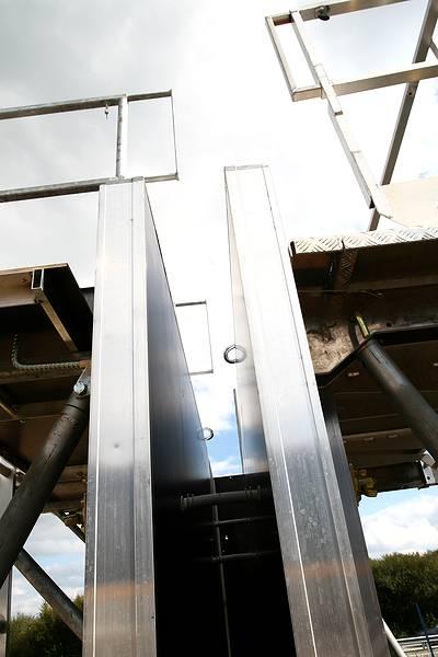 Vue d'un exemple de coffrage de la société Noe Alu lors de la journée portes ouvertes du 30 septembre 2014 à la société Tony-Mat, matériel btp Bretagne Morbihan 56000 Vannes.