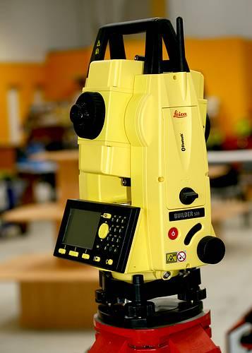 La station totale manuelle avec mémoire Builder 500 - 509 de Leica Geosystem