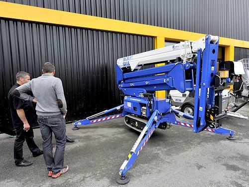 Nacelle araignée Blue Lift SA18 sur chenilles - nacelle élévatrice